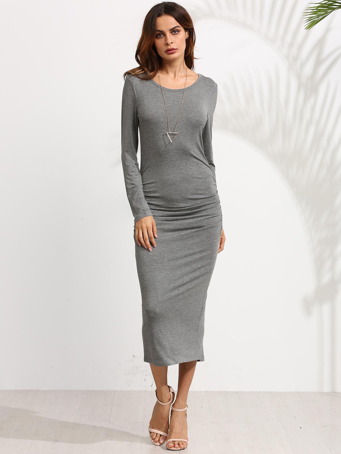 Обтягивающее платье до середины икры